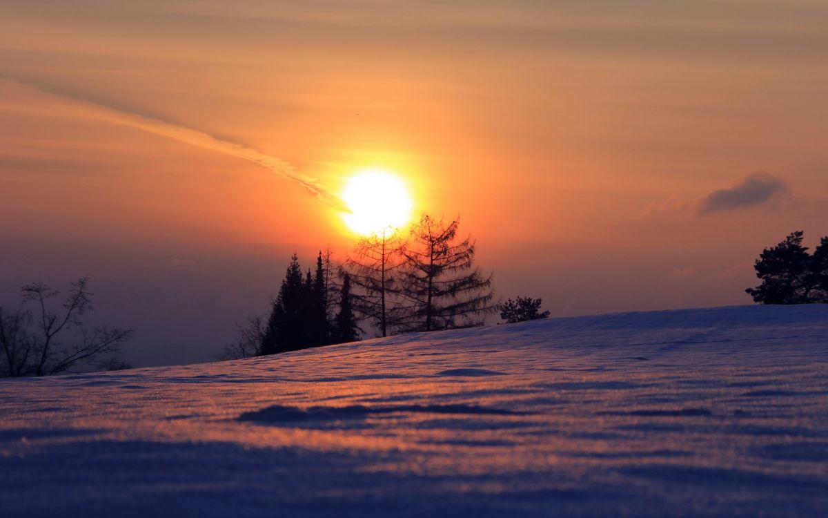 Фото восход луны над днепром искренние