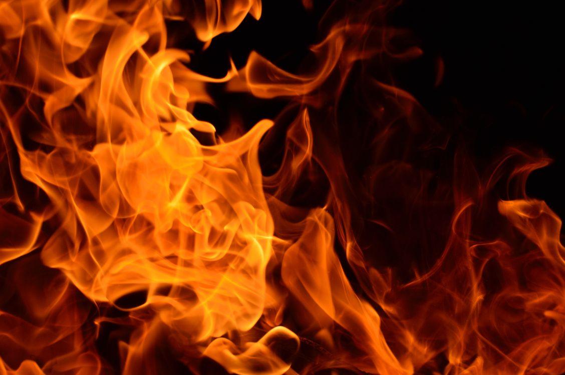 Обои девушка, тепло, человек, огонь, мужчина в разрешении 6016x4000