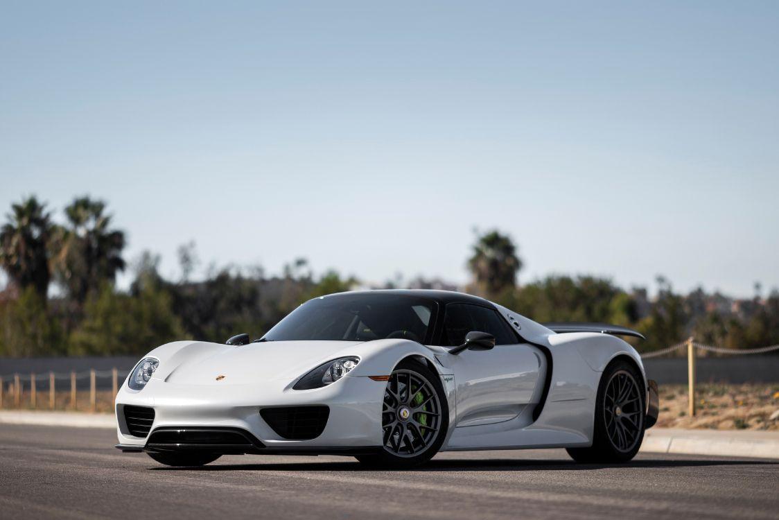 Обои мощные машины, спорткар, колесо, суперкар, авто в разрешении 4000x2667